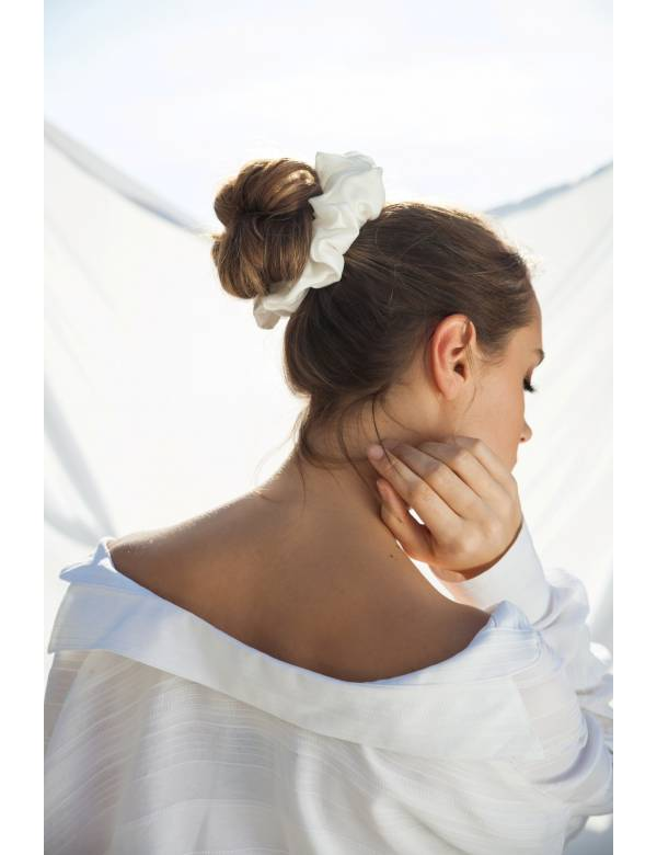 Blanche- Silk Scrunchie | Ribbon